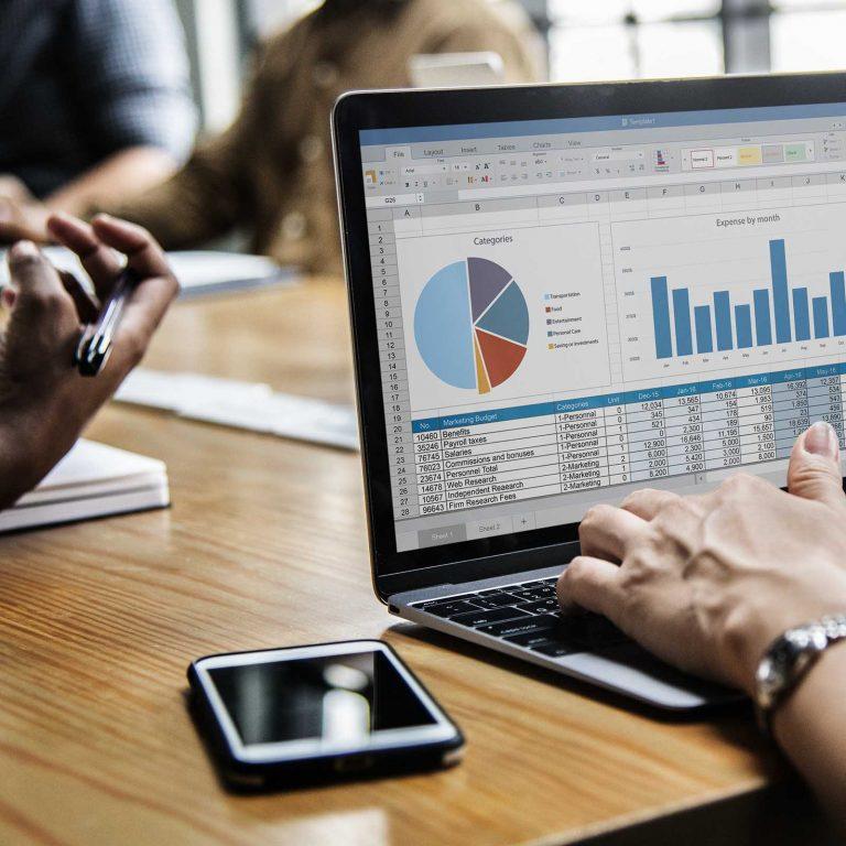 Evaluation de candidats & contrôle des informations